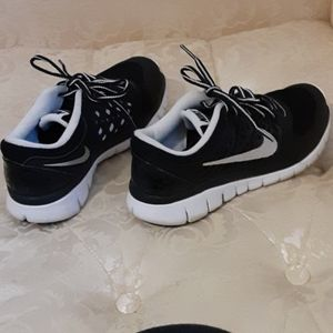 Nike womens flex running shoe